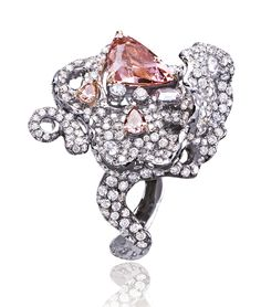 Ann Lin Les Baroque Padparadscha Ring in white gold, with a central padparadscha sapphire and white and pink diamonds, from the Struttura collection.
