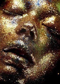 Glitter Face.♀️Gold | ゴールド | Gōrudo | Gylden |GOLDMore Pins Like This At FOSTERGINGER @ Pinterest♀️