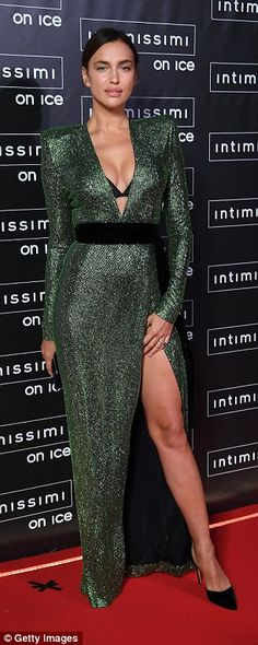 Irina Shayk stuns in plunging emerald green gown in Italy | Daily Mail Online