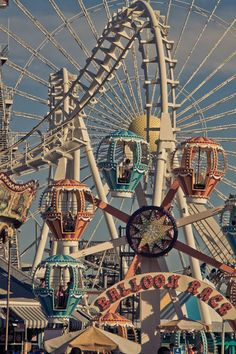 Wild Wood NJ's Morey's Piers Amusement Park. Wild Wood NJ's Morey's Piers Amusement Park. 80s Aesthetic, Aesthetic Collage, Summer Aesthetic, Aesthetic Vintage, Aesthetic Photo, Aesthetic Pictures, Aesthetic Pastel, Aesthetic Yellow, Aesthetic Clothes