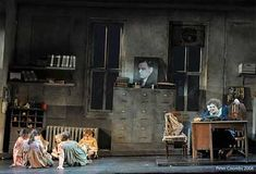 Gray orphanage set...Annie_Review_Photo_4.jpg 400×272 pixels