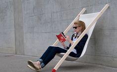 お気に入りのチェアに座り、お茶を飲んだり本を読んだり。過ごしやすい天気が続くこの季節、外でそんな時間を過ごすのはとても幸せなもの。けれどちょうどいい場所に気に入った椅子が見つかるのとは限らない。そん...