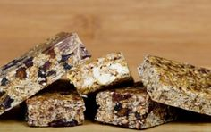 Having a number of Artisans that offer different types of energy bars, we thought it would be a great idea to tell you more about them, because each one has a different story to offer. We hope this will inspire you to choose your favorite, based on their company stories and the ingredients they use to make their unique and delicious products!