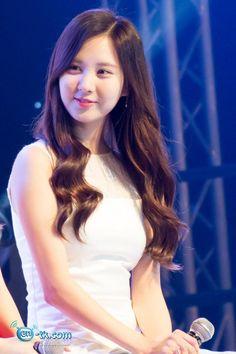 SNSD: SeoHuyn