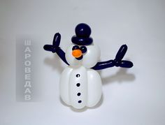 Snowman from balloons.
