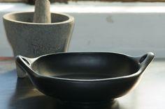 chamba clay baking pan