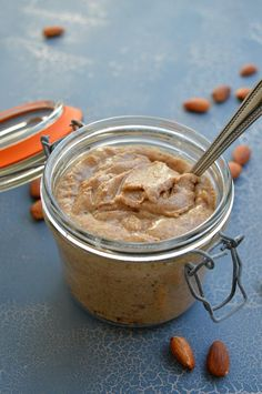 Thermomix Almond Butter - Fail proof tips for the perfect Thermomix Almond Butter, made with only Almonds and nothing else and ready in less than 5 minutes. This Thermomix Almond Butter is tastier and more nutritional than anything out of a jar.
