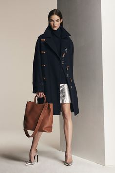 Ralph Lauren Pre-Fall 2018 Fashion Show Collection: See the complete Ralph Lauren Pre-Fall 2018 collection. Look 17