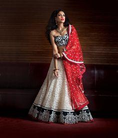 Buy designer lehenga for women that suits any occasion. Get the latest designs of ghagra choli & bridal wedding lehenga. Shop the best lehenga online for bride. Choli Dress, Ghagra Choli, Indian Bridal Wear, Indian Wear, Ethnic Fashion, Asian Fashion, Fashion Top, India Fashion, Fashion Clothes