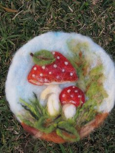 love this needle felted project Felted Soap, Wet Felting, Mushroom Crafts, Hedgehog Craft, Felt Pictures, Felt Fairy, Needle Felting Tutorials, Sewing Art, Crafts For Kids To Make