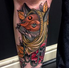 Find the perfect tattoo artist to create the work of art that is you Traditional Tattoo Animals, Neo Traditional Tattoo, Zoro, Legacy Tattoo, Fuchs Tattoo, Insect Tattoo, Ink Master, Animal Tattoos, Fox Tattoos