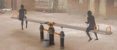 OasiSaw es un sistema de bombeo inteligente que utiliza la diversión para extraer aguas subterráneas. oasisaw_03