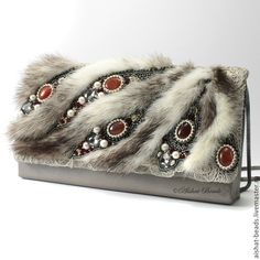 Fur bag with jewels Bead Embroidery Jewelry, Beaded Embroidery, Beaded Jewelry, Big Jewelry, Fur Purse, Fur Bag, Vintage Fur, Vintage Purses, Beaded Purses