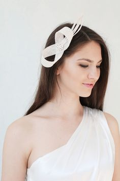 Hair & Head Accessories – Bridal millinery feather fascinator, headpiece – a unique product on DaWanda.com