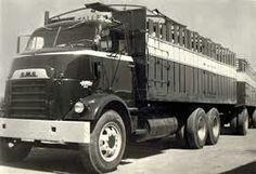 Farm Trucks, Gmc Trucks, Cattle Trailers, Classic Pickup Trucks, Heavy Truck, Vintage Trucks, General Motors, Livestock, Vehicles