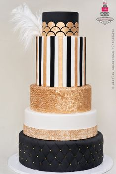 The Great Gatsby Black and Gold Art Deco Wedding Cake Great Gatsby Cake, Great Gatsby Wedding, The Great Gatsby, Gatsby Party, Gold Wedding, 1920s Party, 1920s Wedding, Art Deco Cake, Cake Art
