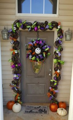 jack skellington nightmare before christmas garland and wreath made of deco mesh and ribbons - Deco Mesh Halloween Garland