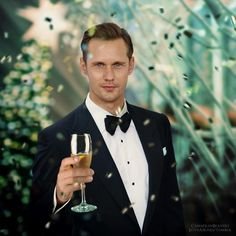well, if I had to kiss someone at midnight, I suppose he'd do. Skarsgard Brothers, Skarsgard Family, Alexander Skarsgard True Blood, Eric Northman True Blood, Bucky Barnes, Sanya, To My Future Husband, Gorgeous Men, Celebrity Crush