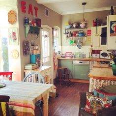 Years of collecting from charity shops, boot sales and flea markets, and my kitchen is nearly full (and yet I always find space for another treasure!) via Lisa Loves Vintage