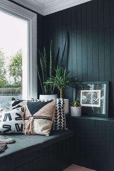 Best Ideas for living room cozy black dark walls Decoration Inspiration, Interior Design Inspiration, Room Inspiration, Decor Ideas, Cozy Living Rooms, Living Room Decor, Bedroom Decor, Home Renovation, Fulton Homes