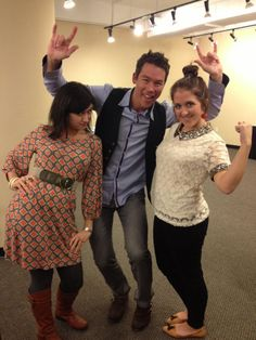 D-Happ Hangs With David Bromstad (http://blog.hgtv.com/design/2013/01/15/daily-delight-d-happ-hangs-with-david-bromstad/?soc=pinterest)