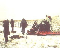The Day The Music Died Plane Crash & The body of Ritchie Valens (bottom left in black coat) The following photos are some of the only to exist of the crash site in color. They are from Kevin Terry's collection from the former Buddy Holly Online web site.
