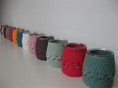 Envases de yogurt forrados con ganchillo by orsy, via Flickr