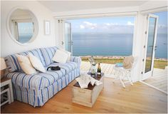 The Edge, Cliff Top Beach Cottage