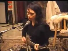 PJ Harvey- To bring you my love ♥