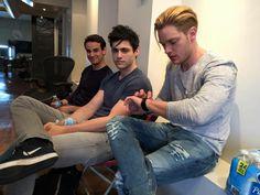 Dom/Jace, Matthew/Alec and Alberto/Simon waiting.... #Shadowhunters