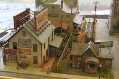 This beautifully built wharf scene was just one of many models and dioramas on display at this years EXPO. Some Great Modelling At Th. Building Structure, Model Building, Planet Coaster, Trains For Sale, Garden Railroad, Model Train Layouts, Home Upgrades, Model Ships, Model Trains