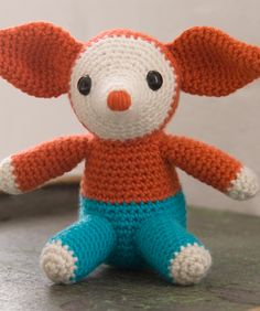 Elmer FREE Ami!!! How marvellous - adore the ears and general look, must make this lil darlin'. Thanks so redheart! xox