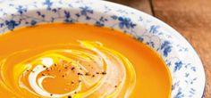 Hier finden Sie 4 herrliche Rezepte für leckere Kürbissuppe, die einfach ideal für den Herbst sind. Wir hoffen, dass sie Ihnen gefallen!