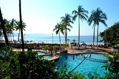 The pool at Dreams Puerto Vallarta...my kind of place!