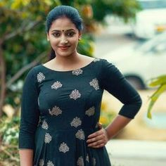 Anu Sithara is a well known Malayalam actress and a trained dancer. She is extremely beautiful and even considered as the face that is goi. Beautiful Girl Indian, Most Beautiful Indian Actress, Beautiful Actresses, Beautiful Roses, Set Saree, Indian Designer Suits, Malayalam Actress, Tamil Actress, Cute Beauty