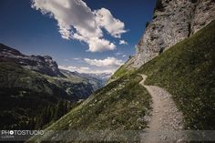 Weil das #wandern so #schön ist. #engstlensee #jochpss #fierseehen #swissalps #erholungpur #fotograf #luzern #fund5 Mountains, Nature, Travel, Lucerne, Hiking, Nice Asses, Naturaleza, Viajes, Trips