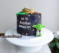 """(@gizemintatlidunyasi): """"💚#starwars #starwarscake #yoda"""" Star Wars Cake, Starwars, Star Wars"""