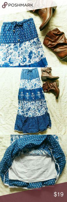 "{ Plus Size } Ralph Lauren maxi skirt *Price Negotiable *No Trades   Boho vibe floral print maxi skirt from the Lauren line from Ralph Lauren. Size 1X. Fully lined, 100% cotton EUC  Waist 34"" Waist to hem 34""  {10% off bundles of 2+ listings} Ralph Lauren Skirts Maxi"
