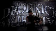 "FODA FODA FODA!!!!!   (Marc Orrell vc faz falta)  Dropkick Murphys ""The Boys Are Back"" (Official Music Video), via YouTube."
