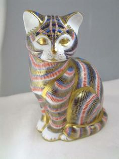 Royal Crown Derby Imari Tom Tabby Paperweight