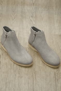 Rollie boots Shoe Shop, Kid Shoes, Chelsea Boots, Trainers, Ankle Boots, Footwear, Man Shop, Clothes For Women, Clothing
