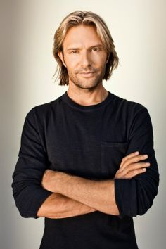 From college dropout to a Grammy. The conversation that changed everything for Eric Whitacre.