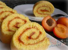 Recept Rychlá roláda s meruňkovou marmeládou Thing 1, Onion Rings, Muffin, Sweets, Breakfast, Ethnic Recipes, Food, Morning Coffee, Gummi Candy