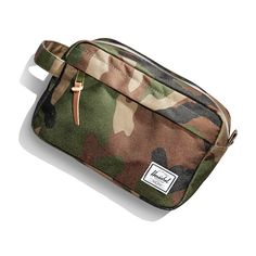 b0640d1d99f Amazon.com  Herschel Supply Co. Chapter Travel Kit