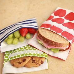 Think outside the (plastic) bag! These high-quality lunchskins are perfect for sandwiches and snacks on the go and can also be used for messy cosmetics, dog treats, pacifiers, toys and crayons. Available in a variety of hip patterns and colors, these multi-use baggies are the answer to reducing plastic.