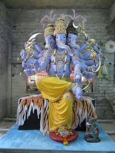 Hindu Cosmos - Ganesha Statue  (via Pinterest: John Lucas Hargis)