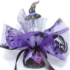 Halloween Party Favour - Witches Hat, gorgeous filled party favour for all your lovely little witches and ghosts!