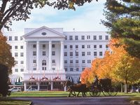 How I do love to visit the Greenbrier ;)