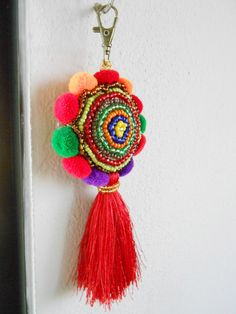 Beauty Colorful Keychain Beadwork Pom poms and by KhumWiengKham Pom Pom Crafts, Felt Crafts, Diy And Crafts, Beaded Embroidery, Hand Embroidery, Diy Art, Tassels, Crochet Earrings, Crochet Patterns