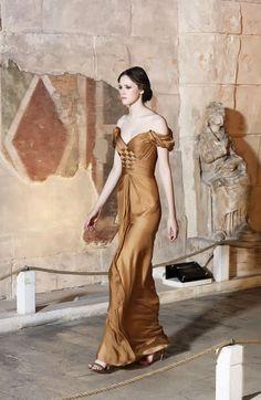 b2cd9245c55 Dilek Hanif Haute Couture Spring Summer 2016. Unusual DressesBeautiful ...
